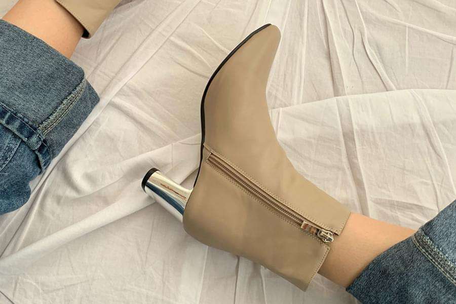 Silver heel middle heel ankle boots_ss03359
