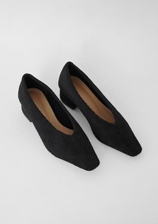 steady corduroy middle heels