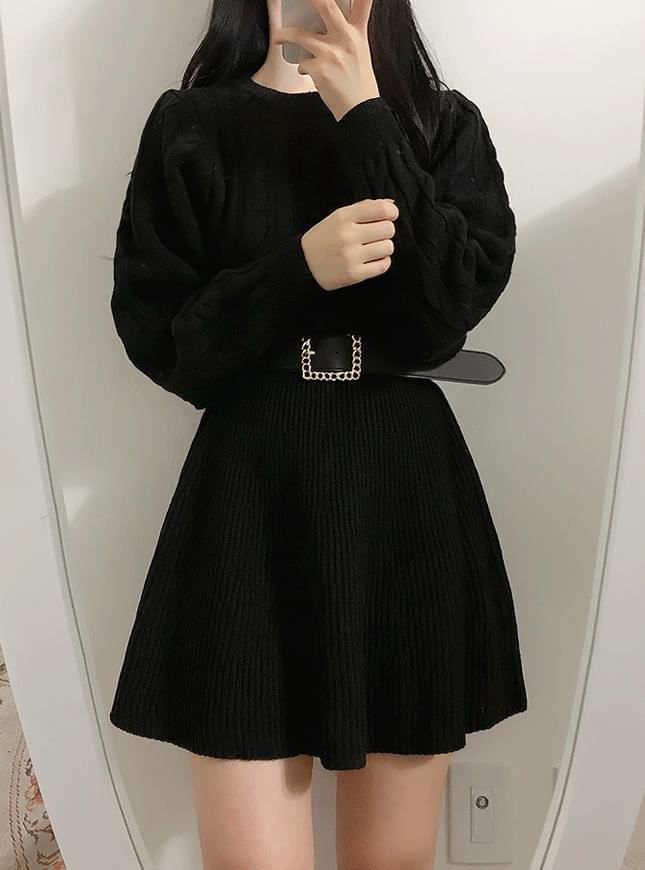 Pretzel Slim Knit Dress 洋裝