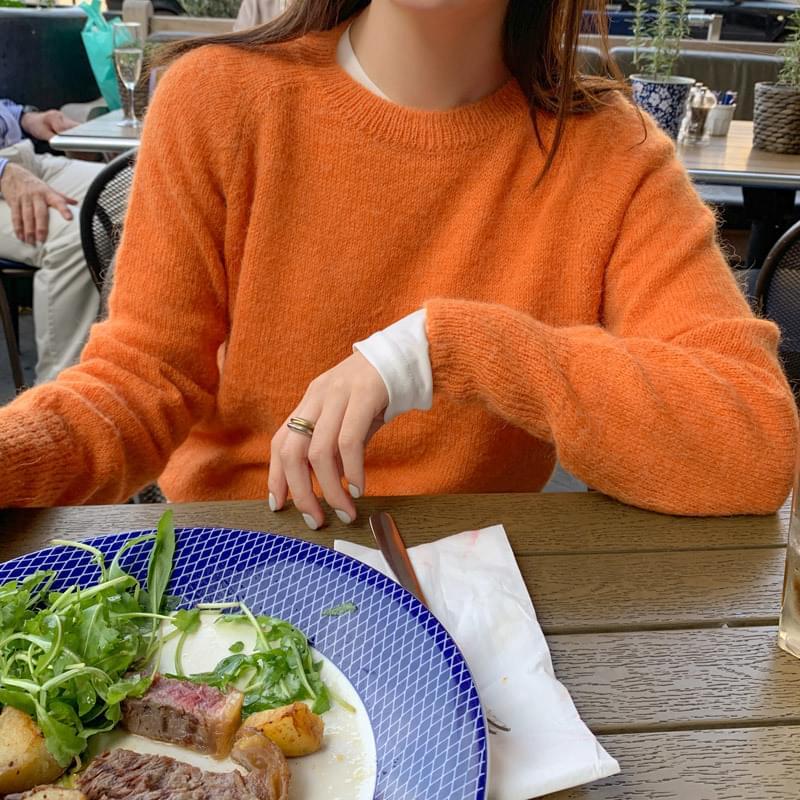 Color alpaca knit