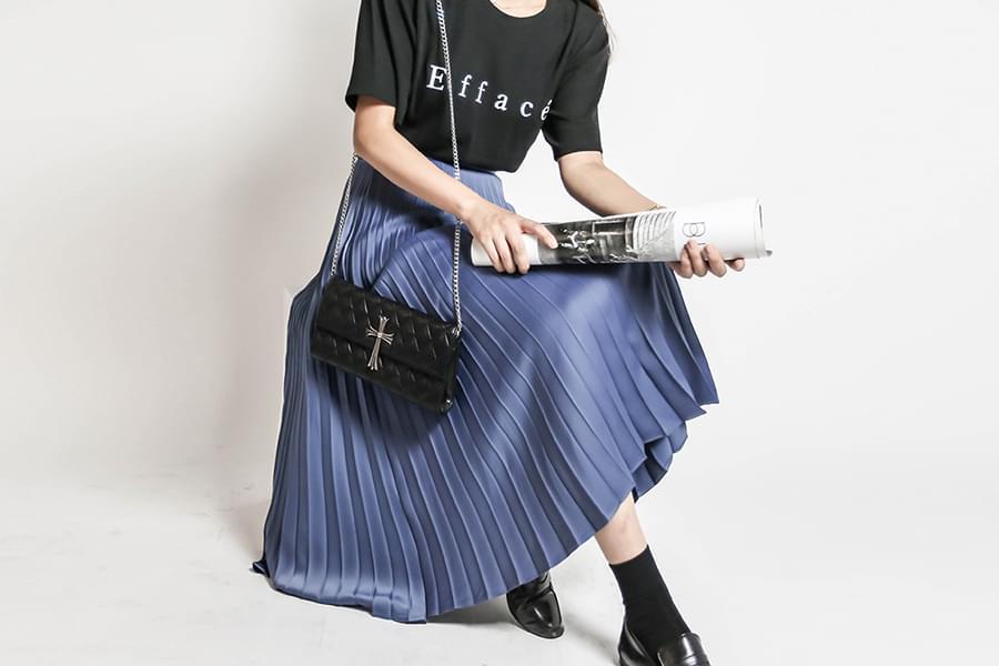 Satin pleated banding long skirt_sk03377