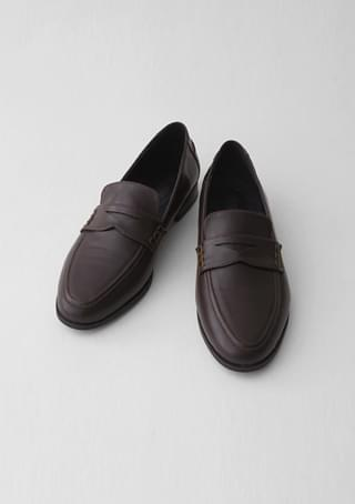 mild basic loafer