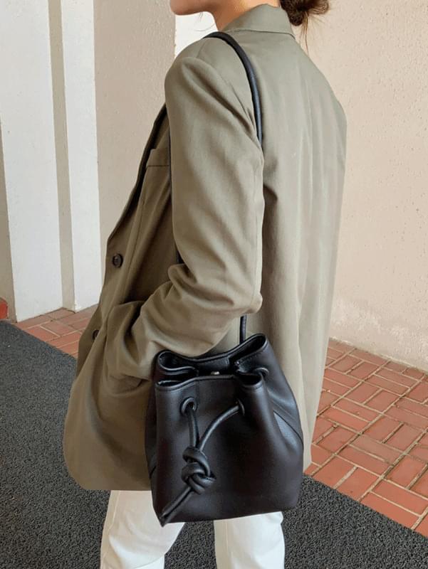 Twisted bag