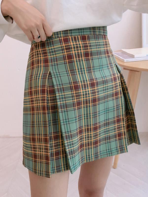 Olive check skirt