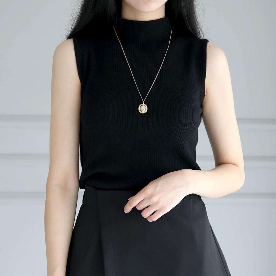 Letian sleeveless Paula