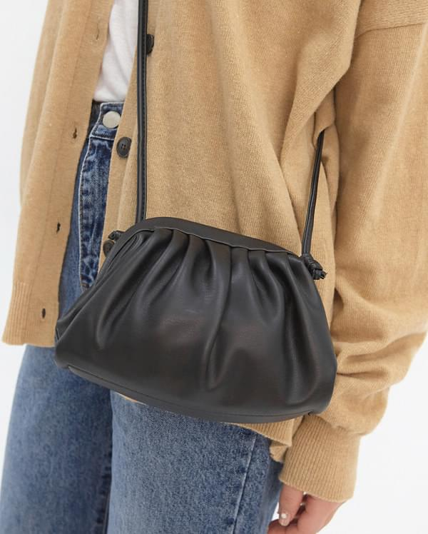 dumpling leather bag