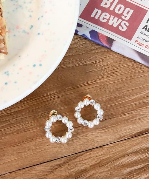 Subdued earrings