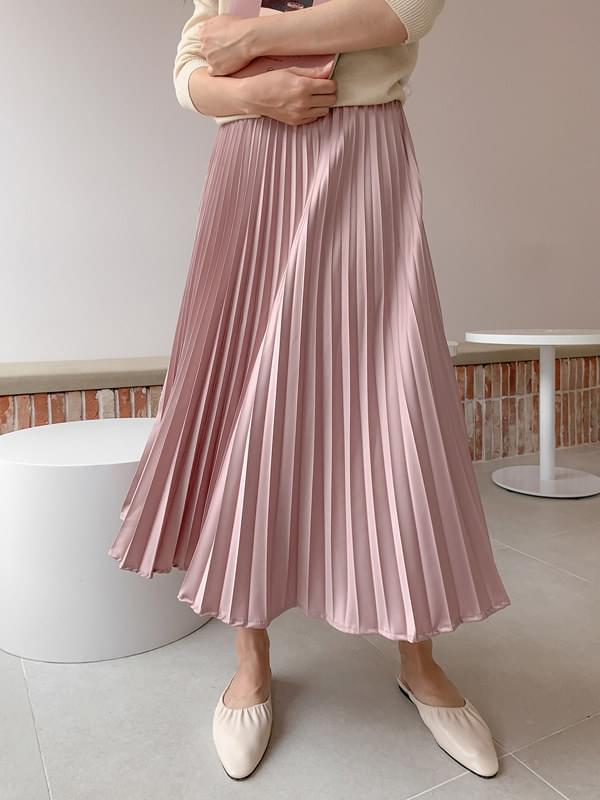 Pendant silky pleated skirt
