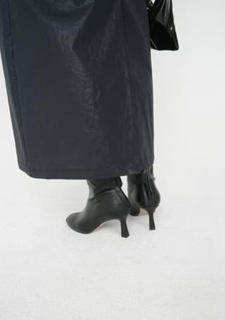 round ankle heels