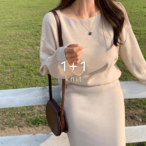 Marianne Sleeve Slit Knit 1 + 1