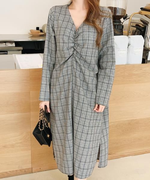 Comfortable loose fit check dress