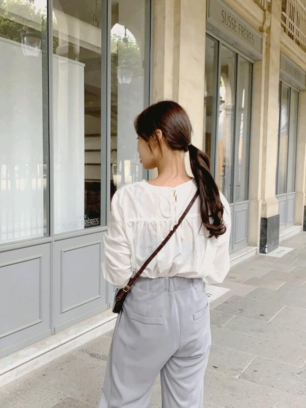 Reina ribbon blouse