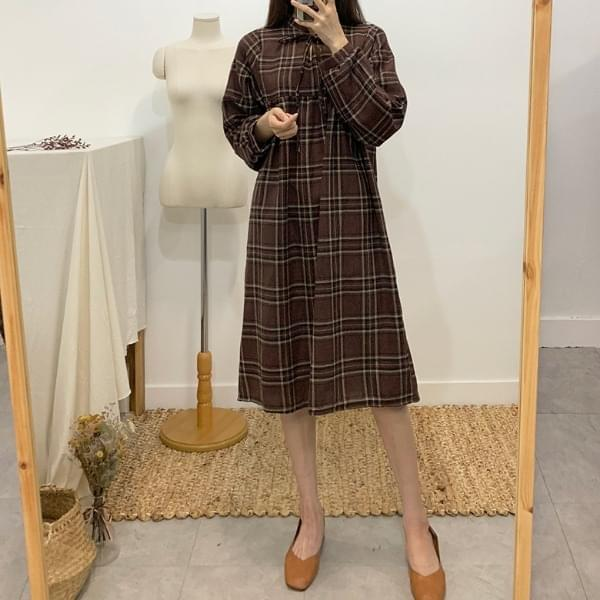 Adolf deep color check long dress