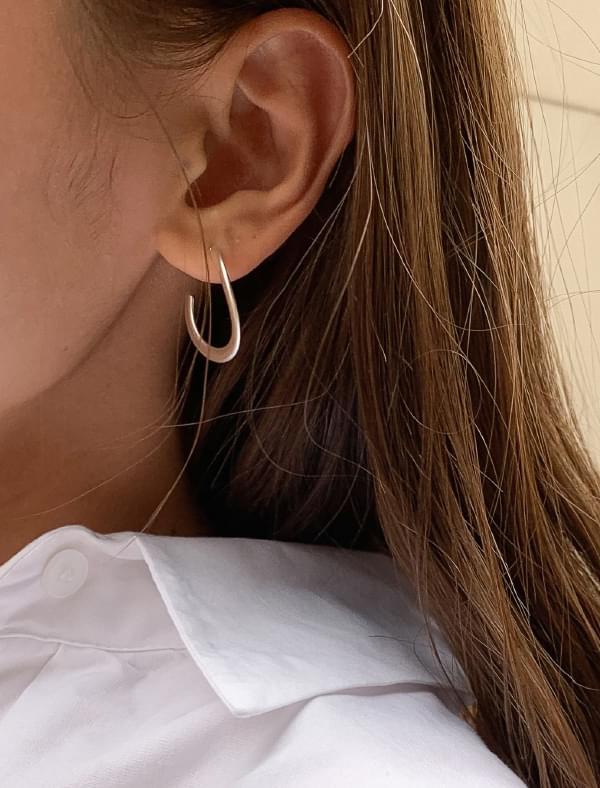 wave frame earring