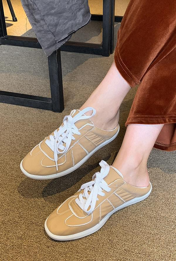 Comma Sneakers Mule
