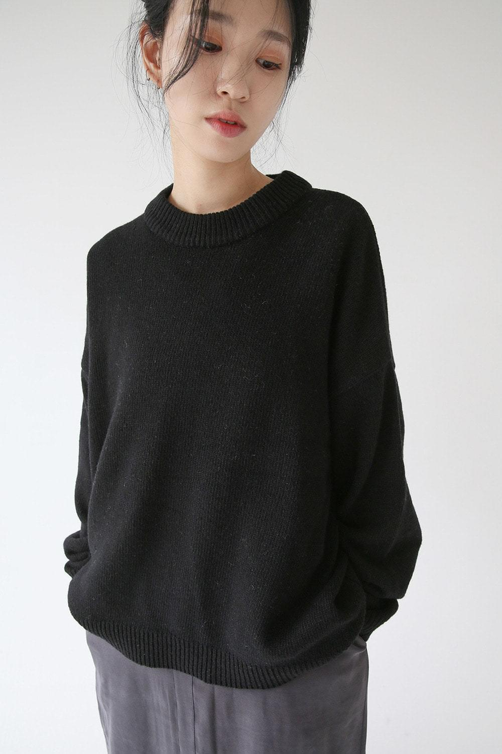 round neck loose knit