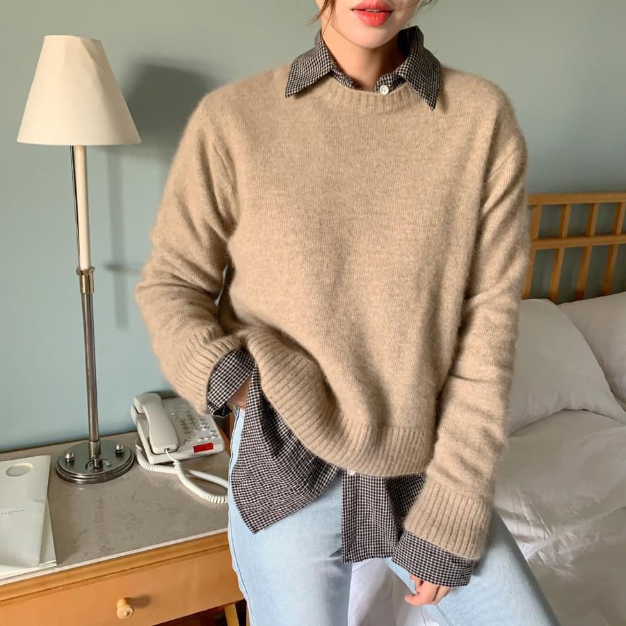 Cross round knit