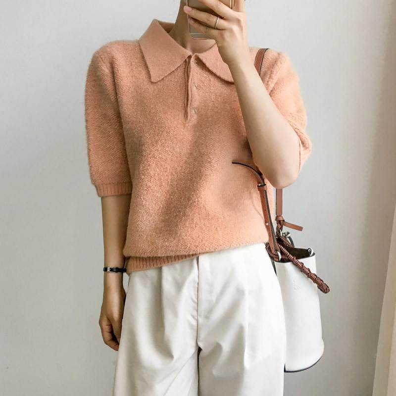 Dot color collar knit