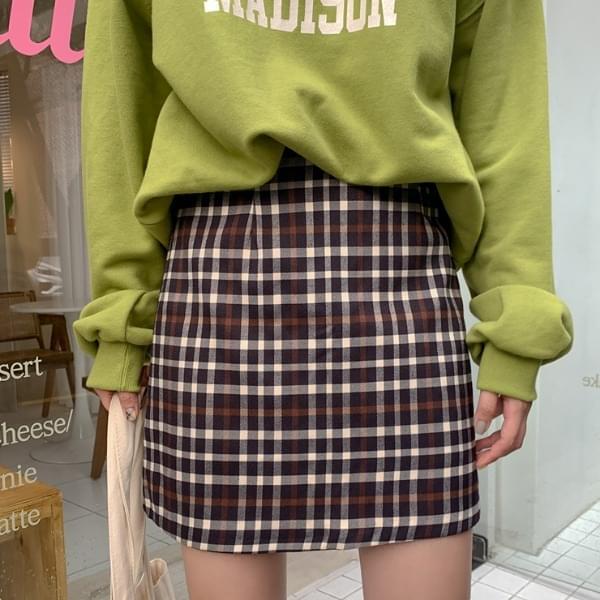 D-Ring Check Skirt