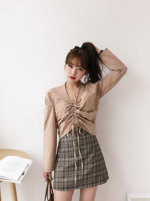 V-neck string blouse