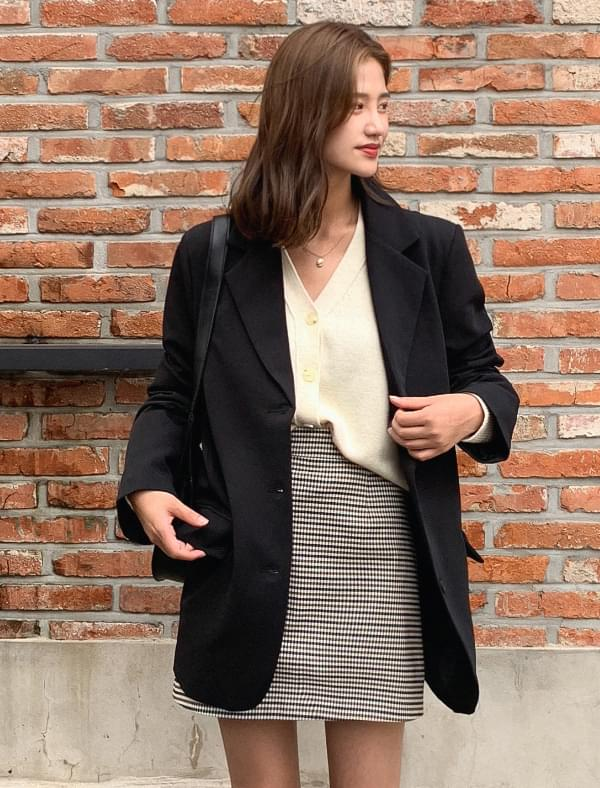 three button boxy-fit jacket