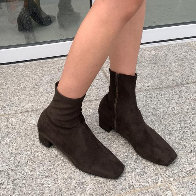 stylish point ankle boots