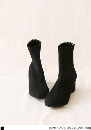 CAFIN SUEDE SLIM ANKLE BOOTS
