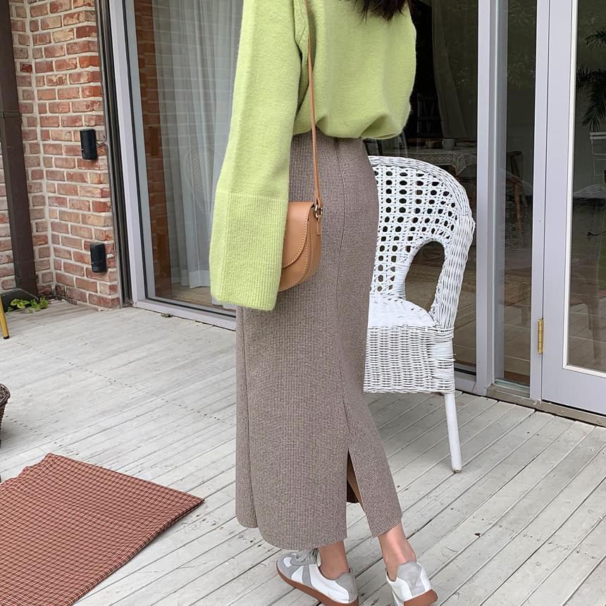 Houndstooth long skirt