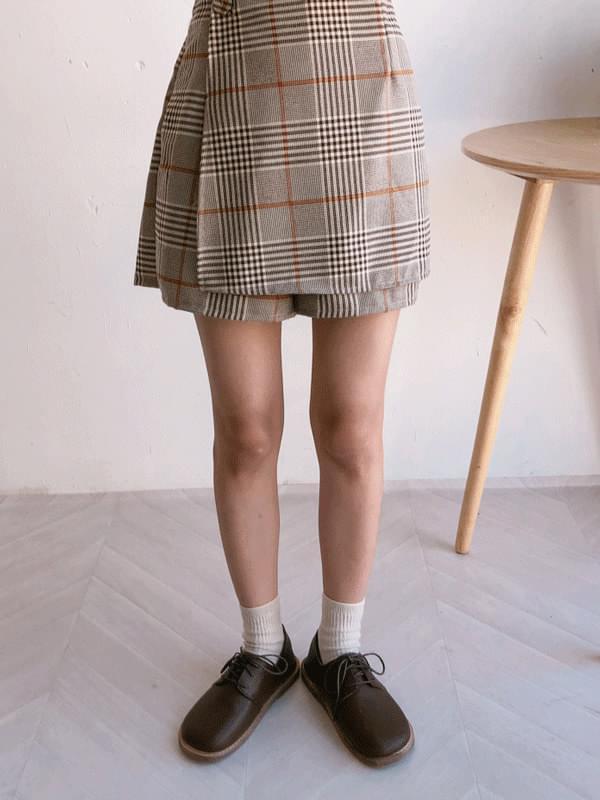 Cracker skirt pants