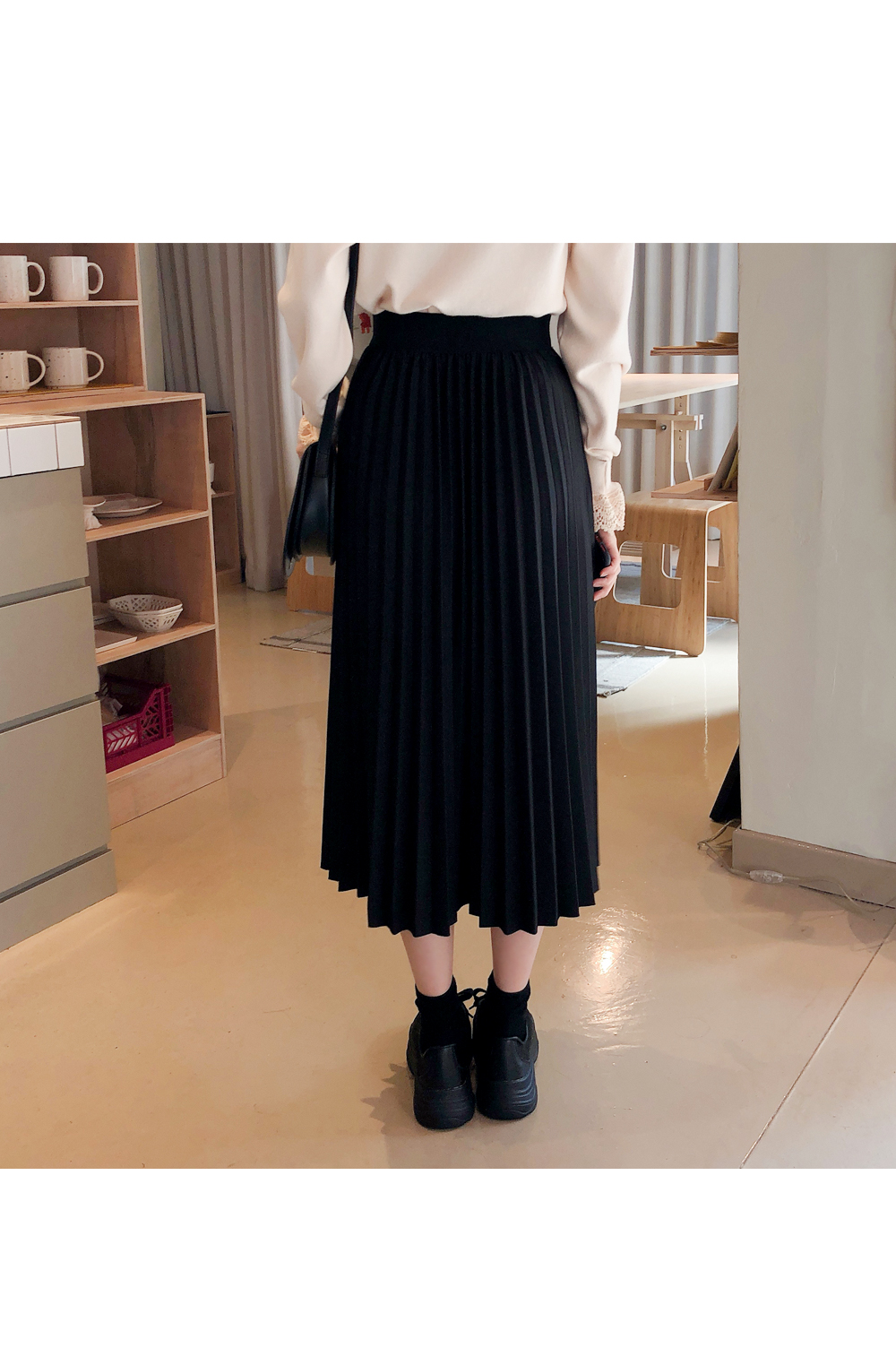 Check color point skirt