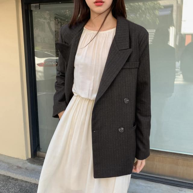 Double-button striped jacket