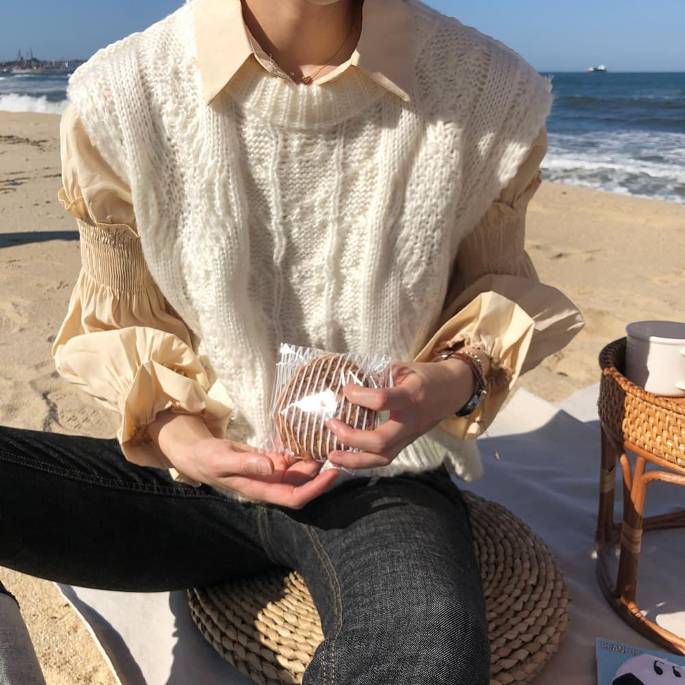 Brondy knit blouse set