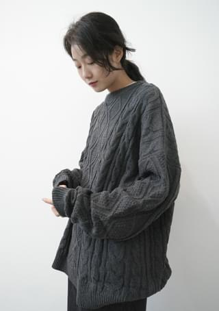 cable over fit knit