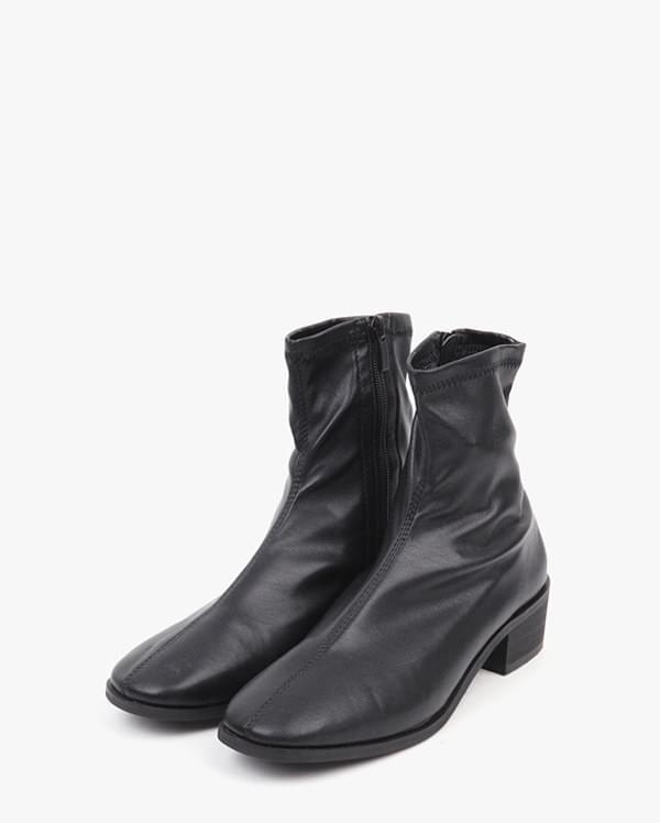 a esteban trendy boots