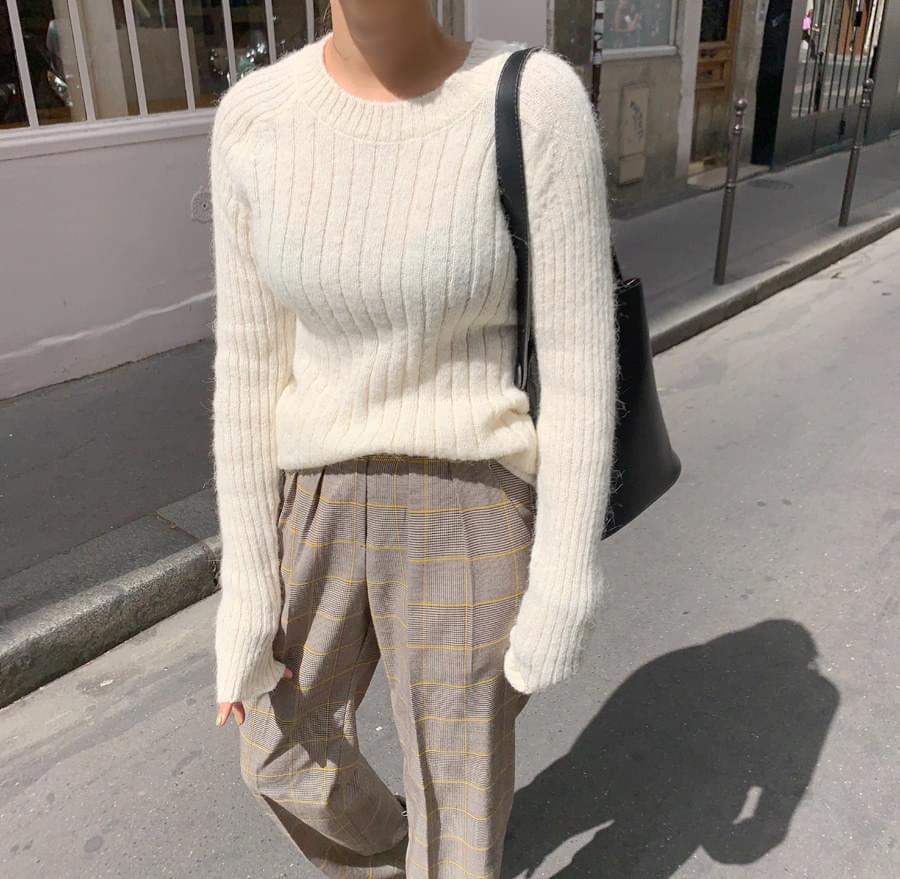 D corrugated knit
