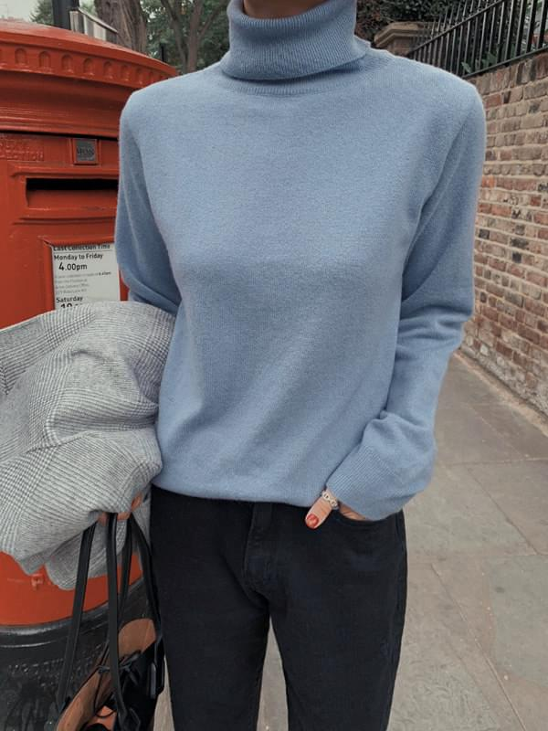 MMMM / Soft Wool Cache Turtleneck Knit