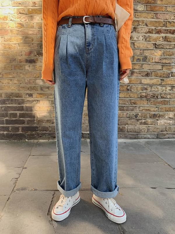 Street pin tuck wide pants