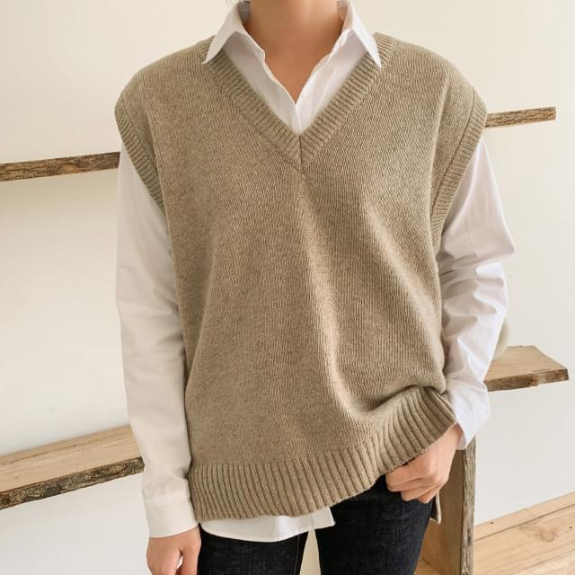 cozy v-neck wool vest