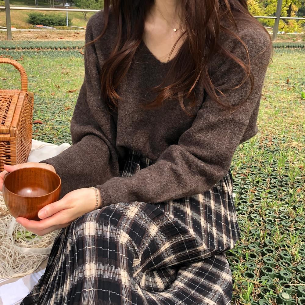 Chocolate Latte V Neck Knit