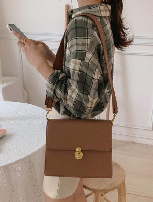 Fuzzy Shoulder Bag _Y