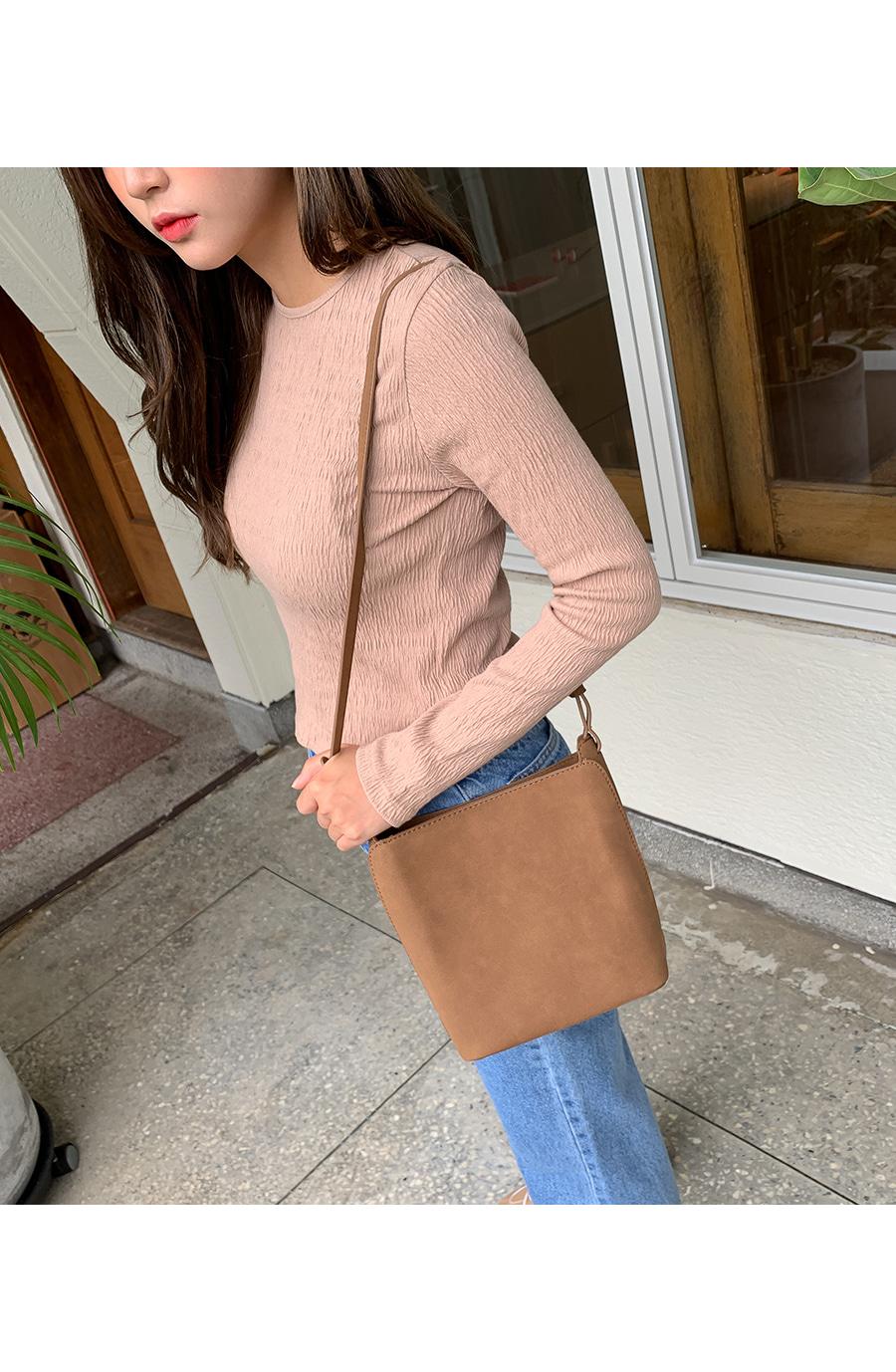 Suede square shoulder bag