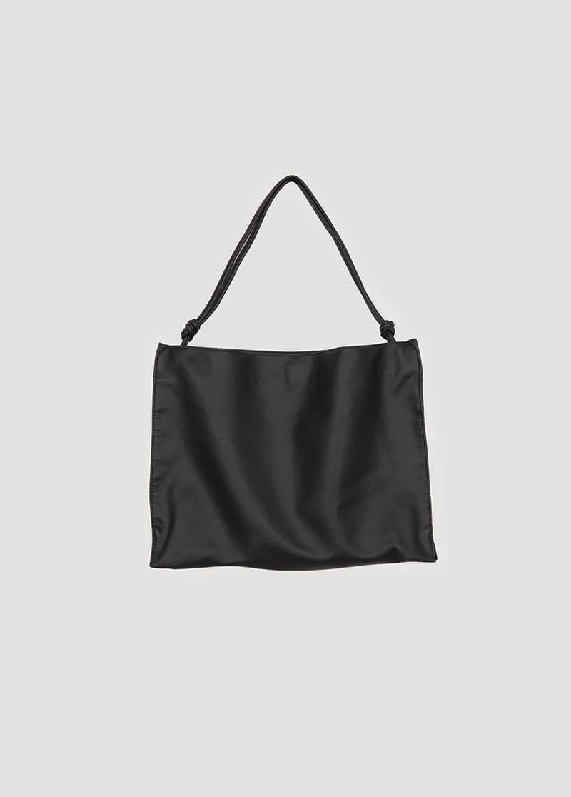 Plain matte leather bag