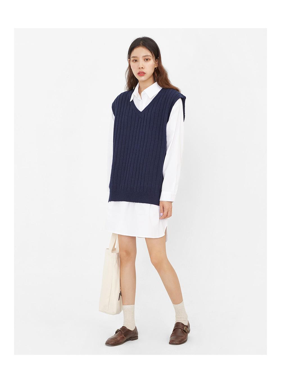 running knit vest