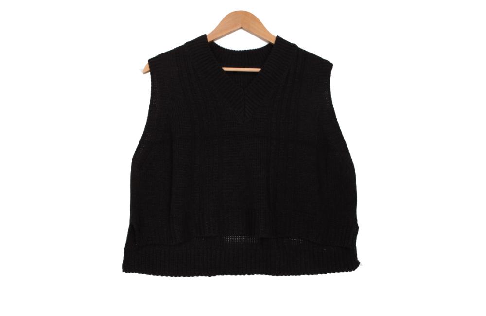 Idenian Foot Knit Vest
