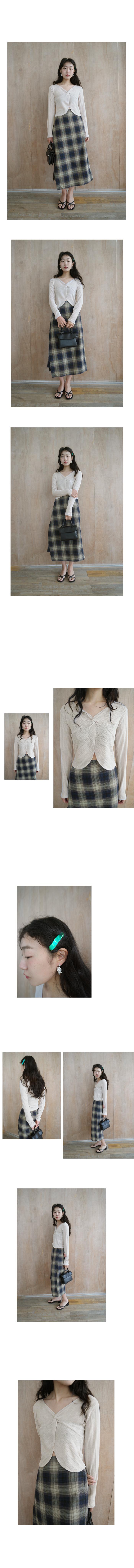 check pattern wrap skirt