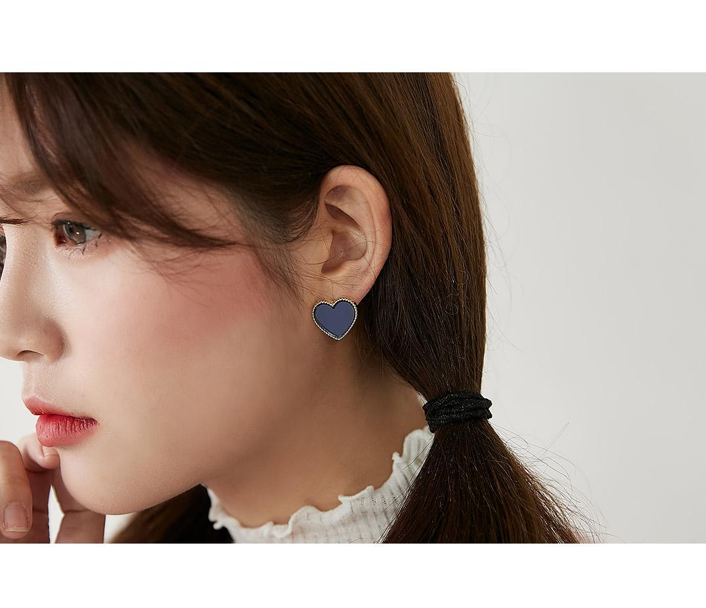 Hert earrings