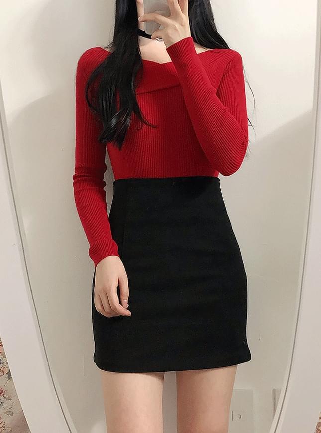 Lua Corrugated Shoulder Knit Tee
