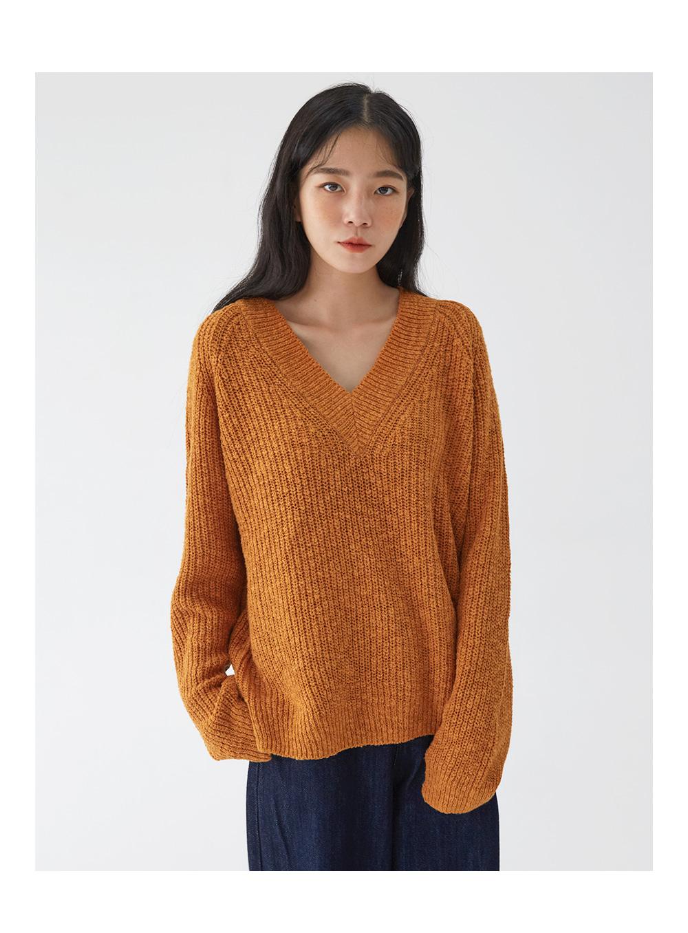 core v-neck knit