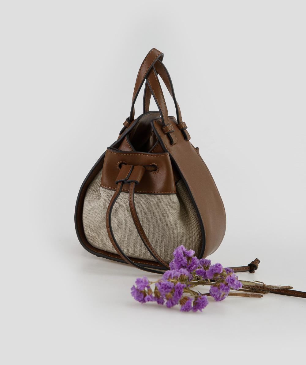 linen triangle shape bag