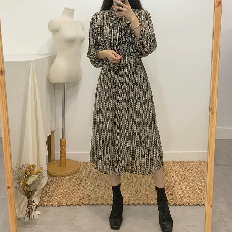 Felice Chiffon Long Pleated Dress